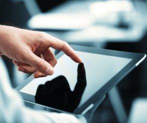В Оренбурге при помощи 50-тысячной купюры купили планшетный компьютер