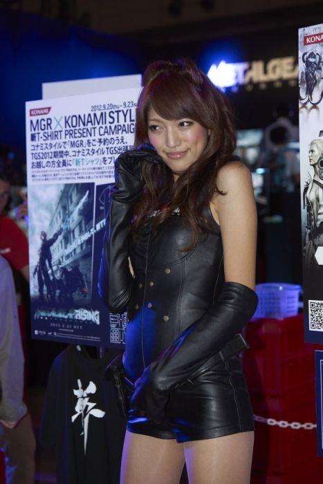 Девушки с Asia Game Show 2012 - Изображение 32