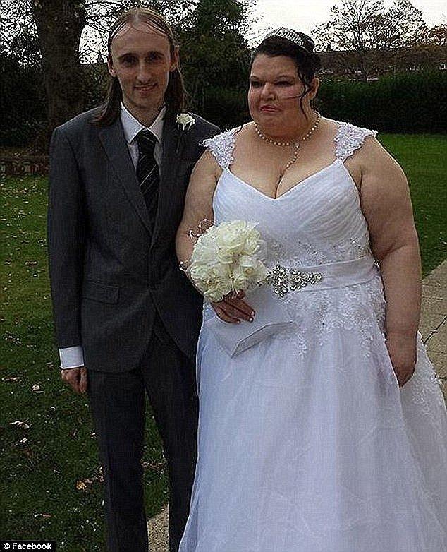 Чтобы удержать мужа, британка купила три консоли Xbox - Изображение 2