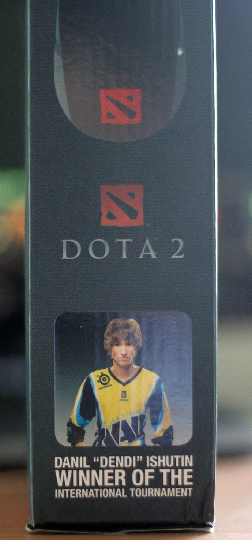 Киберспортсмен по DotA 2 попал на коробку с игровой мышью - Изображение 3