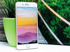 Названа десятка самых подделываемых смартфонов