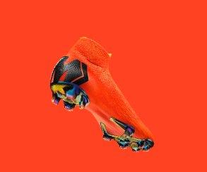 «Канобу» иNike запускают #МеркЧеллендж: покажи свою скорость ивыиграй новые бутсы!