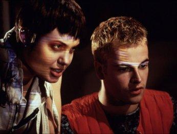 «Матрица», «Трон», «Военные игры»— лучшие фильмы про хакеров ипрограммистов