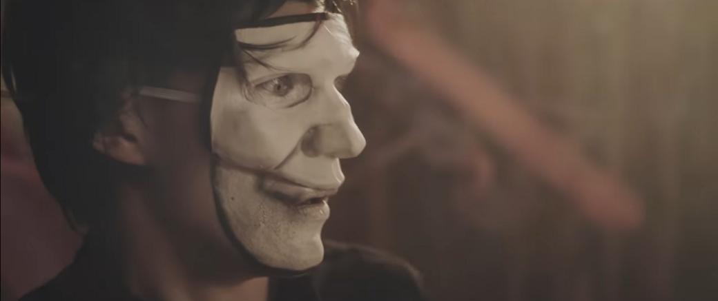 Ла-Ла-Ла Ленд: таблетки делают жизнь лучше вновом музыкальном ролике WeHappy Few. - Изображение 1