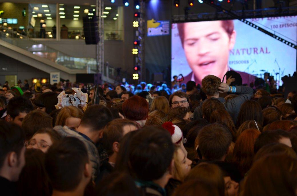 Фотоотчет с «Игромира» и Comic Con Russia, день 3 – Миша Коллинз | Канобу - Изображение 815