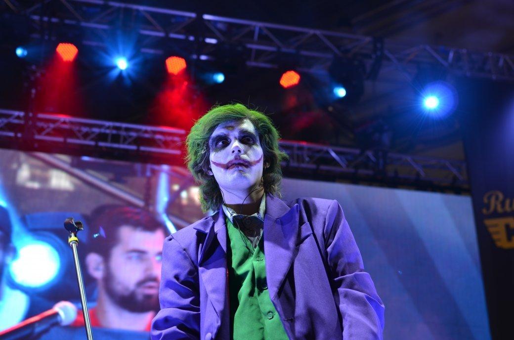 Фотоотчет с «Игромира» и Comic Con Russia, день 3 – Миша Коллинз | Канобу - Изображение 823