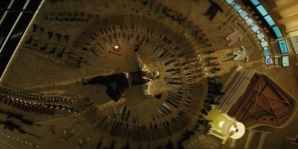 Режиссёр «Отряда самоубийц» показал концепт сголым Джокером всцене сножами